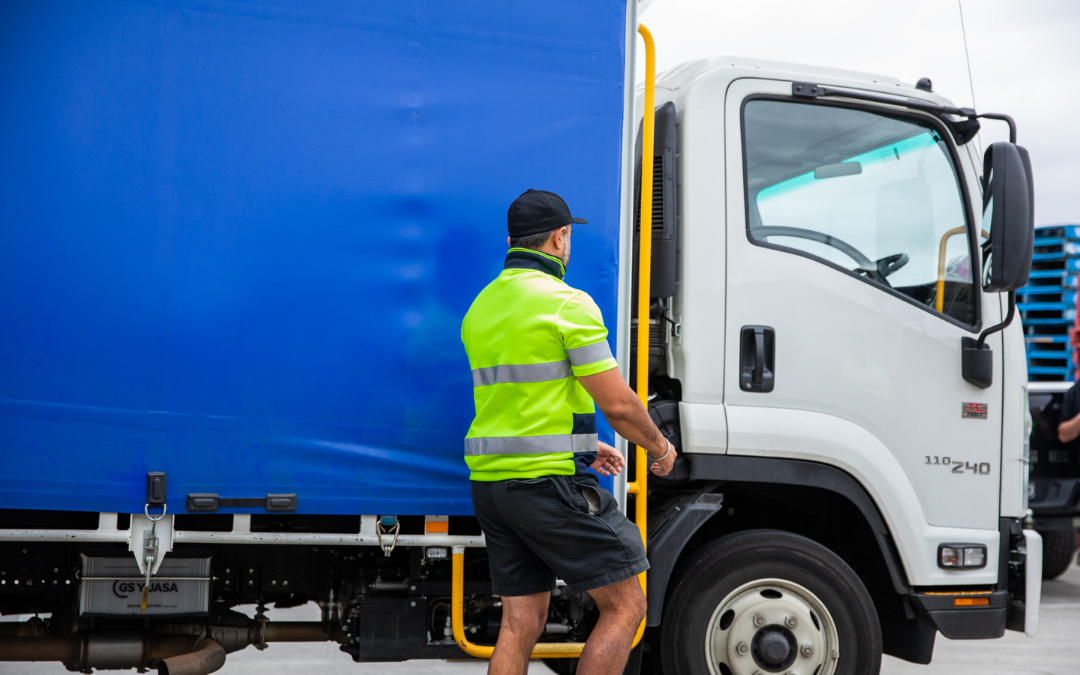 New to the transport industry? Stay safe and healthy as a truck driver.
