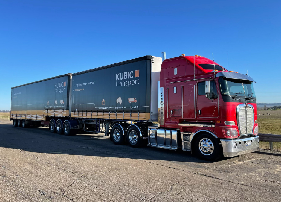 Behind the (truck) curtain at Kubic Transport
